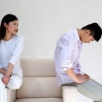 Nên làm gì khi nghi ngờ chồng ngoại tình?